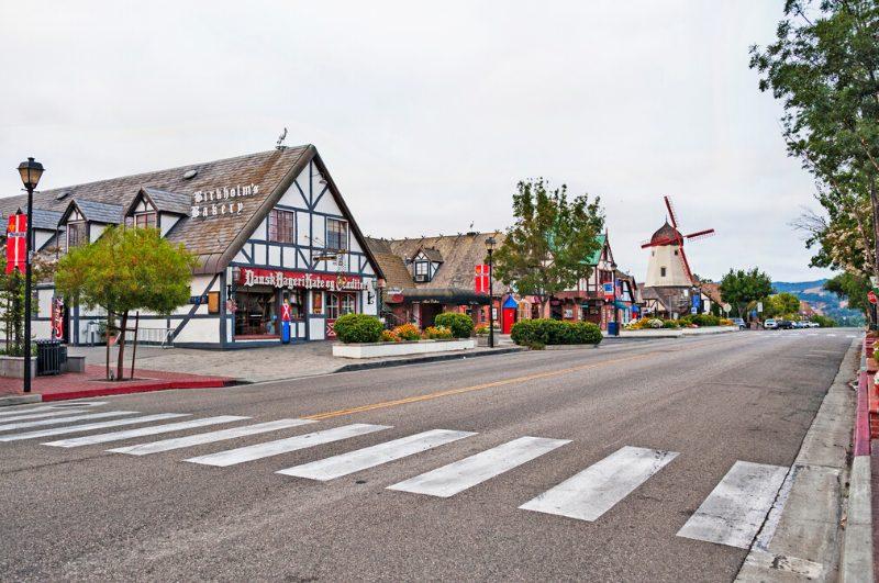 Image of dutch looking buildings